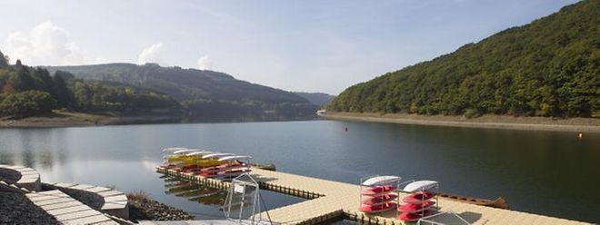 Der Stausee ist für Schwimmer und Wassersportfans ein Paradies.