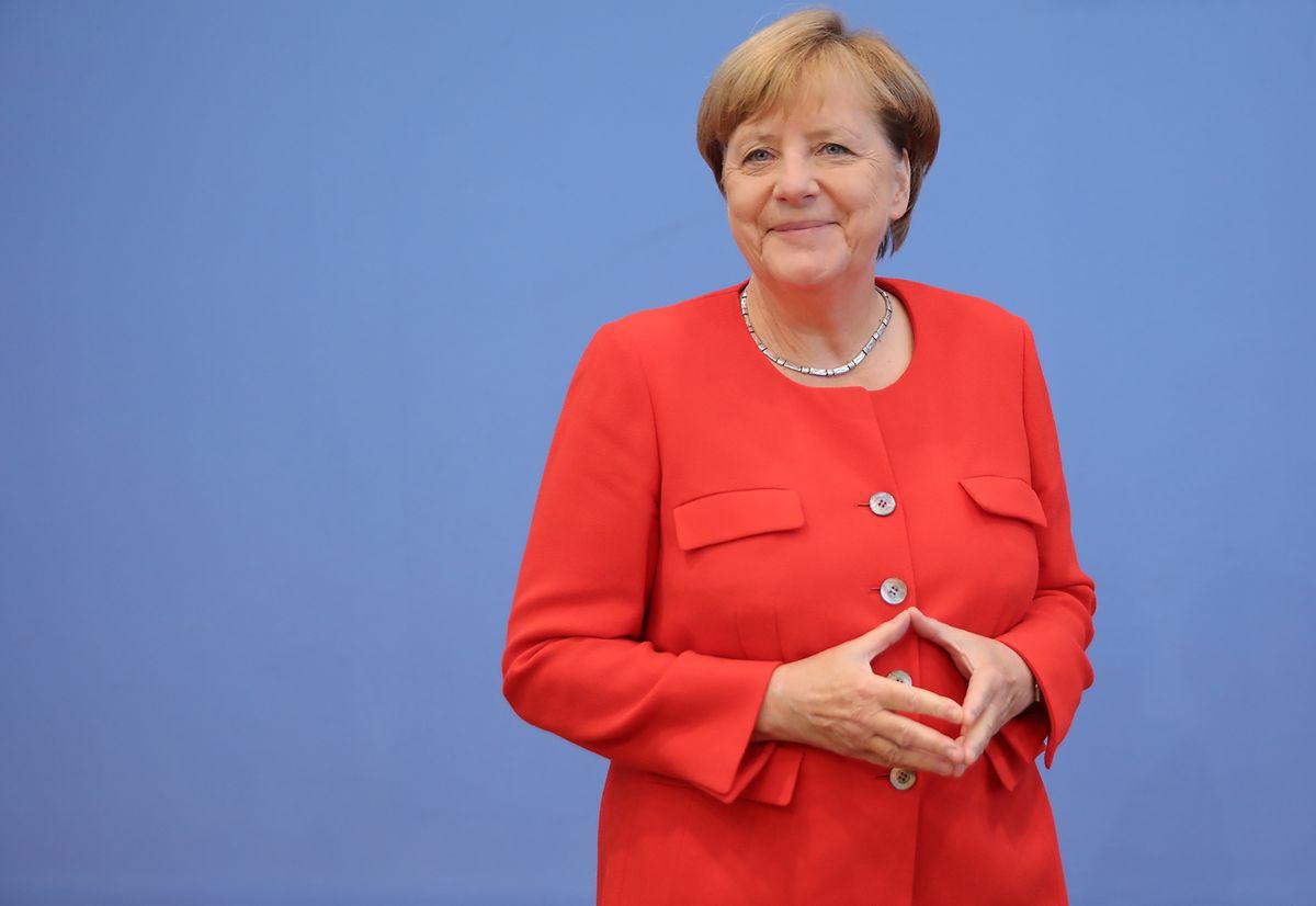 Wie man sie kennt: Angela Merkel mit der berühmten Merkel-Raute.