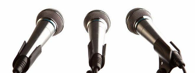 Der Geschäftsführer von Radio Ara wünscht sich eine staatliche Unterstützung für kleinere Akteure im audiovisuellen Medienbereich.