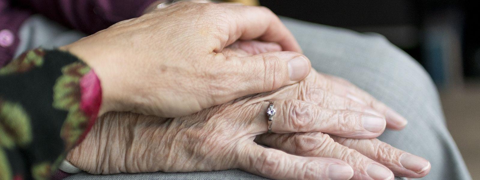 Senioren und bereits vorerkrankte Menschen sind derzeit besonders gefährdet.