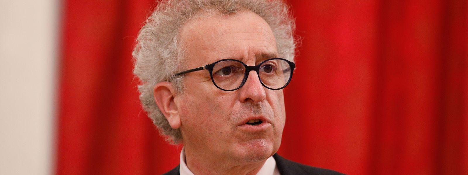 Finanzminister Pierre Gramega ist für einen globalen Mindeststeuersatz für Konzerne.