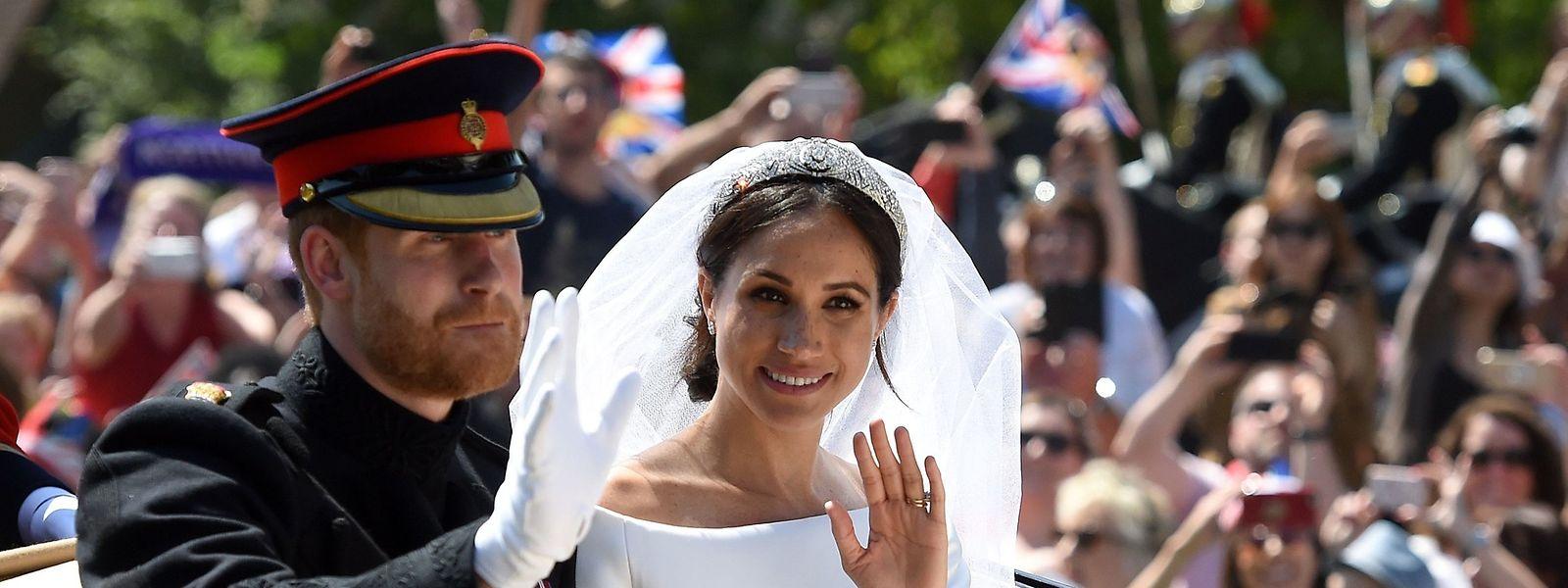 Prinz Harry und seine amerikanische Frau Meghan Markle bekamen am Montag ihr erstes Kind.