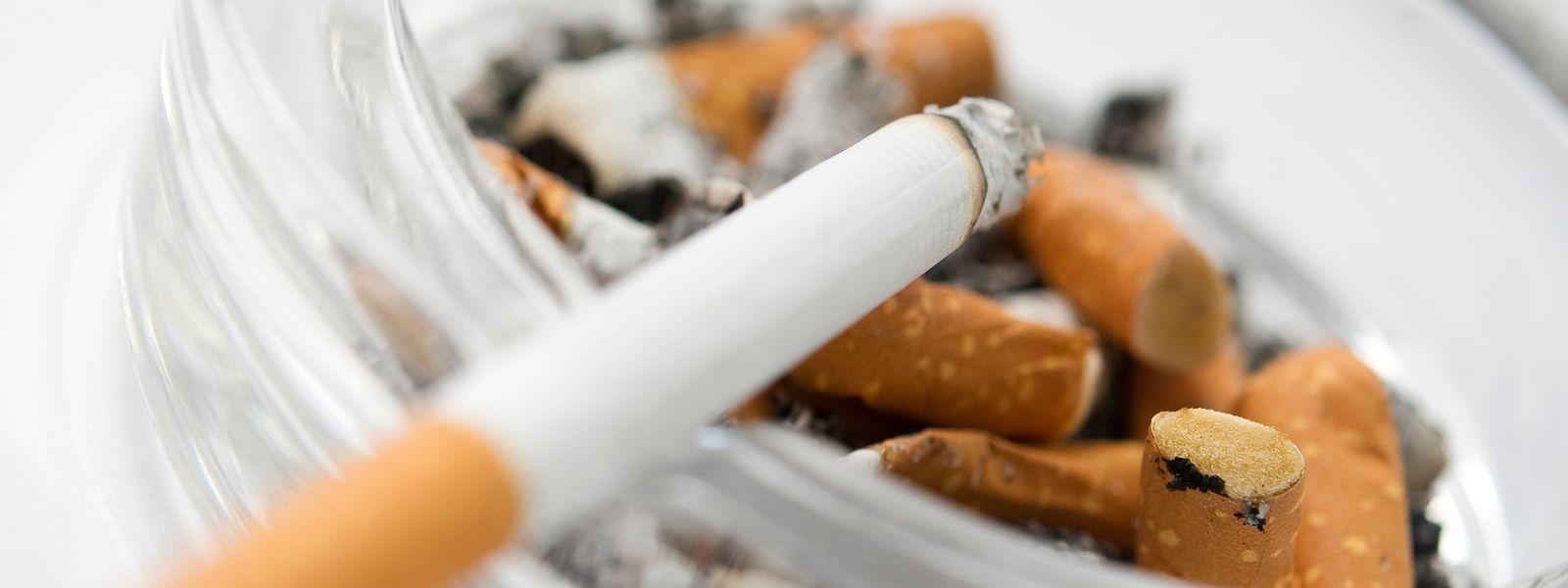 Zu den Auswirkungen von Tabakkonsum auf Corona-Erkrankungen gab es in den vergangenen Wochen einige Aussagen – viele davon sind mit Vorsicht zu genießen.
