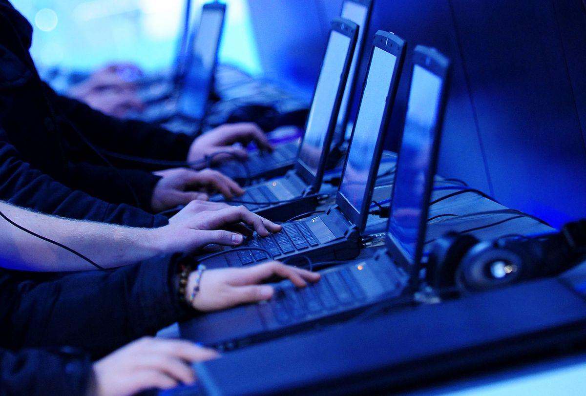 Wer mit seinem Notebook Videospiele spielen will, braucht einen schnellen Prozessor, viel Arbeitsspeicher und eine leistungsstarke Grafikkarte.
