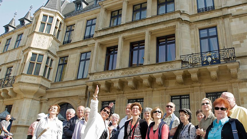 Take a tour of the Grand Ducal Palace