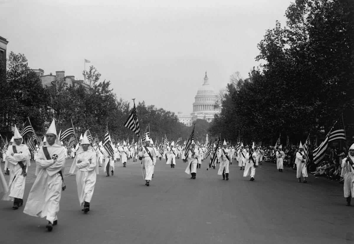 Ku-Klux-Klan-Parade in Washington D.C. im Jahre 1926.