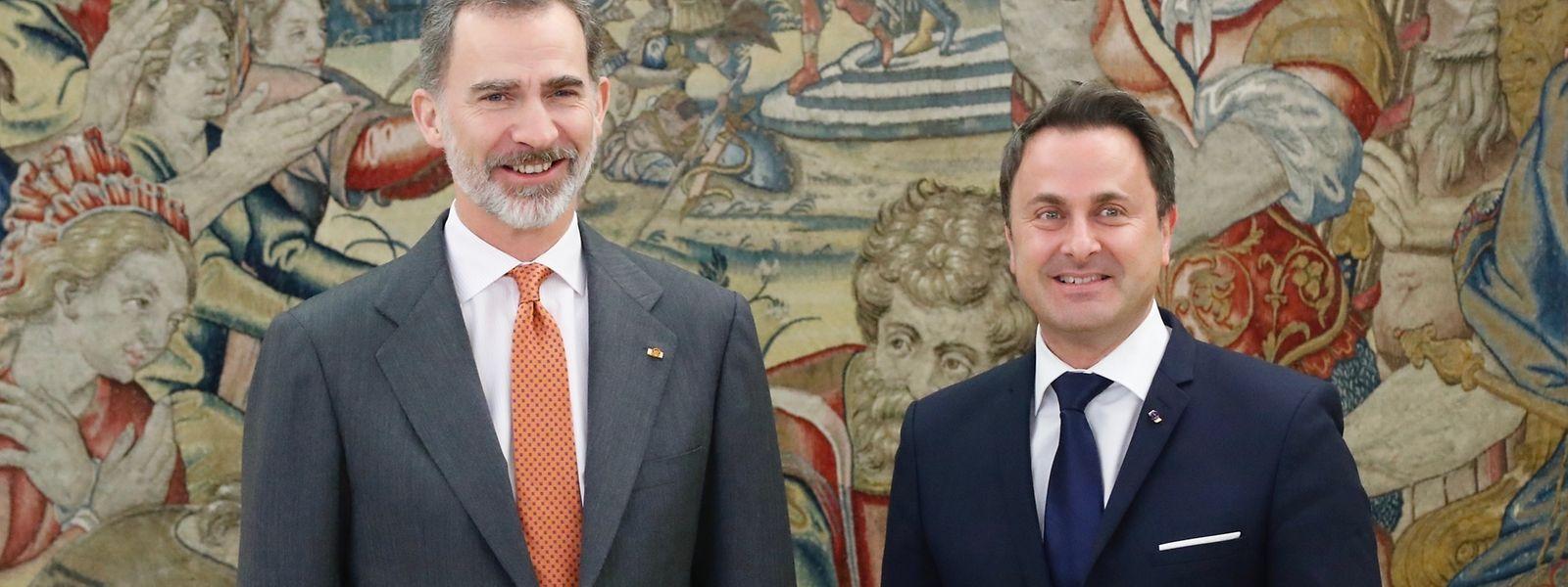 Der spanische König Felipe zusammen mit Premier Xavier Bettel.