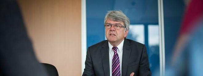 Der CHFEP-Vorsitzende Romain Wolff kritisiert den zu geringen Stellenwert der luxemburgischen Sprache beim Nationalitätengesetz.
