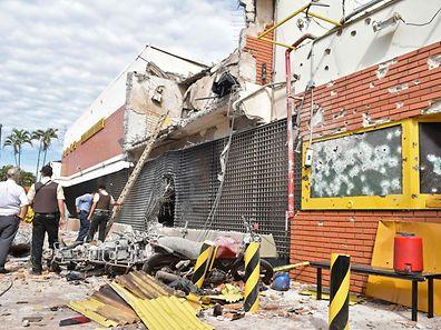 Der Sitz der Sicherheitsfirma Prosegur in Ciudad del Este in Paraguay wurde komplett zerstört.