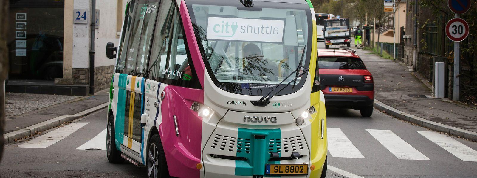 En un an, la navette sans chauffeur a véhiculé 13.000 passagers seulement.