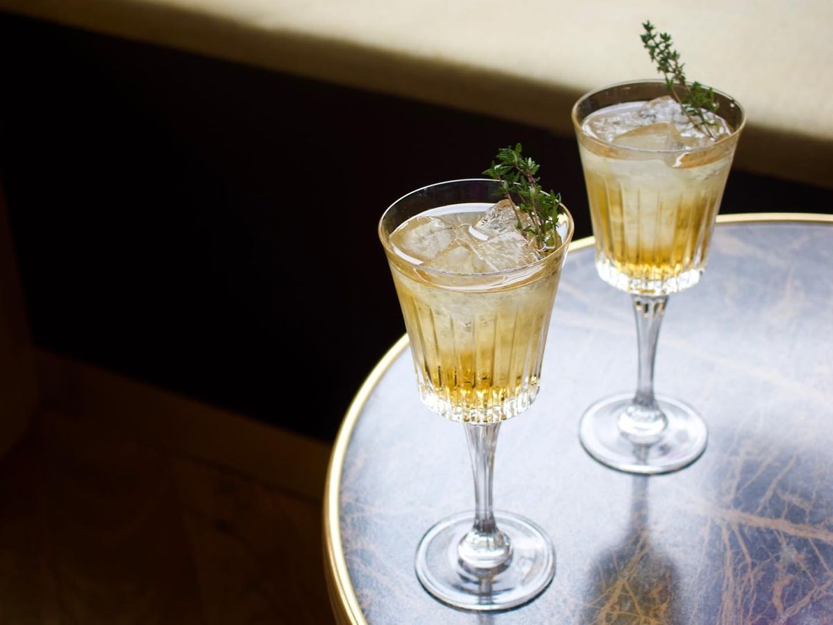 Thyme-infused Amaretto for that Christmas market feel Photo: Paname