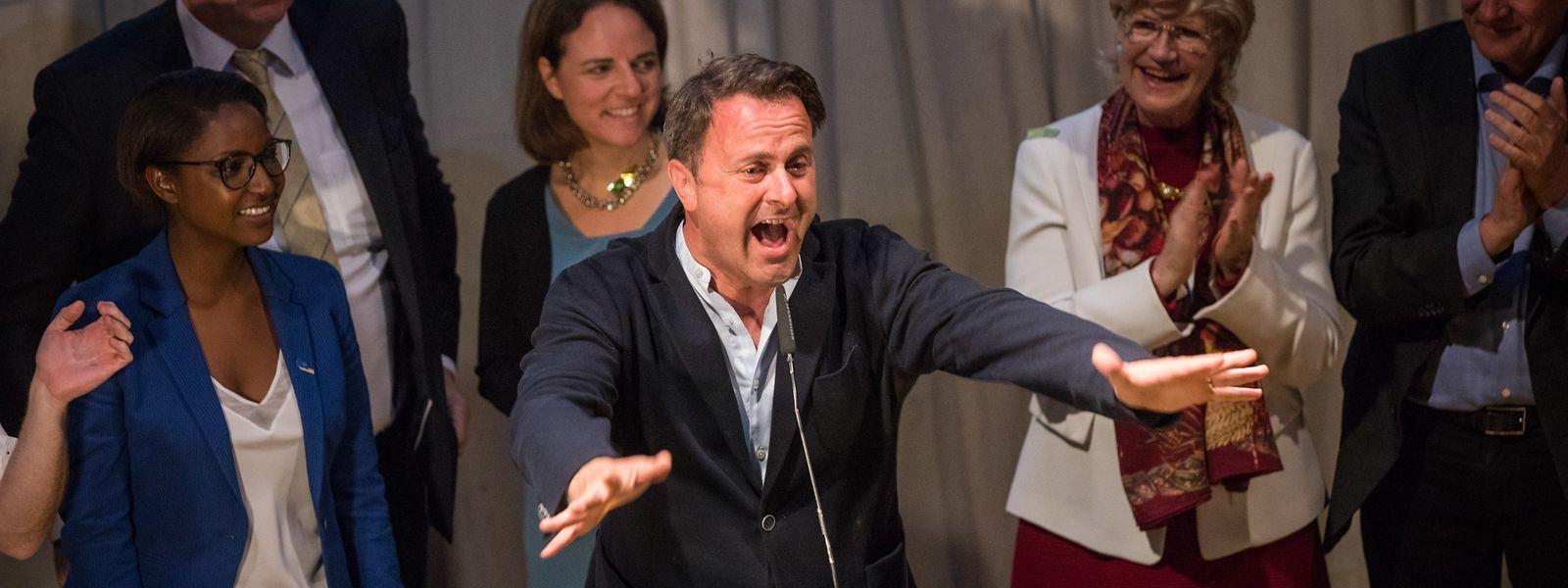 Xavier Bettel estava eufórico com a vitória do DP. Os liberais esperaram os resultados na discoteca Melusina.