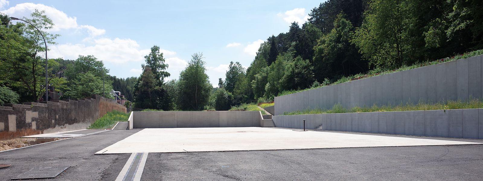 Die Plattform für das Flüchtlingsheim steht bereits am Quai Neudorf.