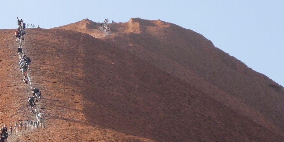 Australien: Besteigen des Uluru in Australien ab sofort verboten