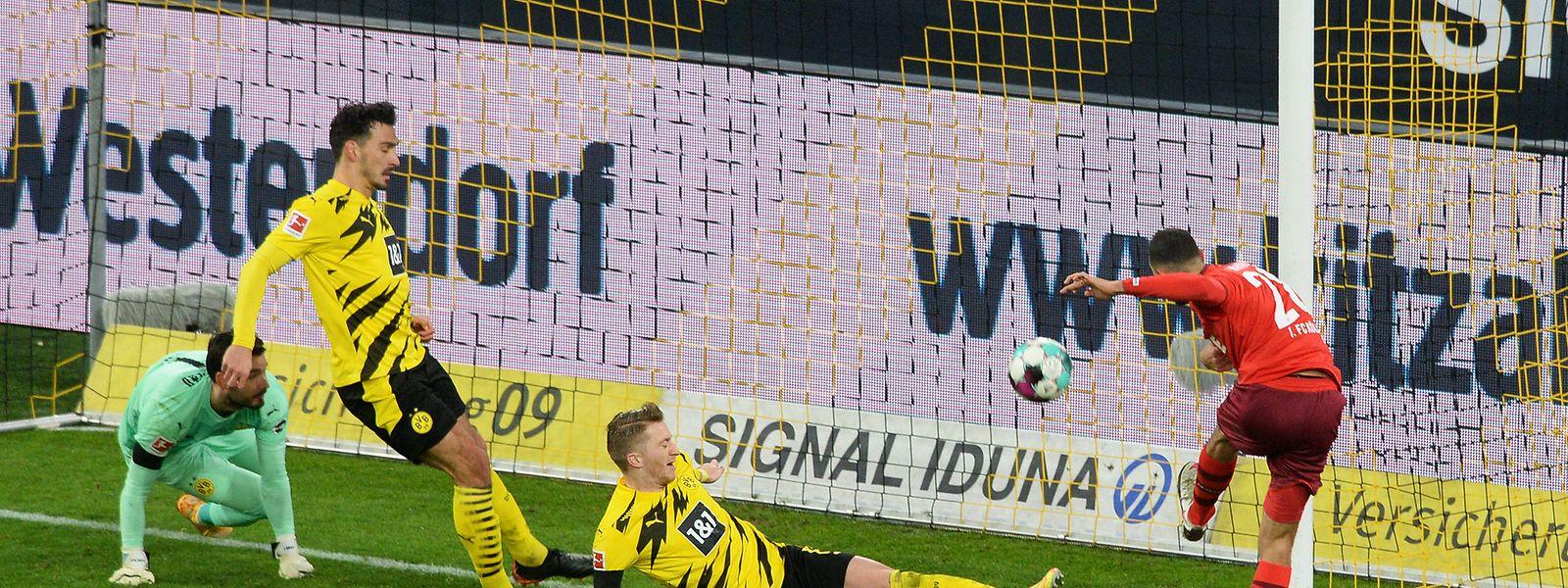 Kölns Ellyes Skhiri (r.) erzielt zwei Tore gegen Dortmund und schießt sein Team zum Sieg.