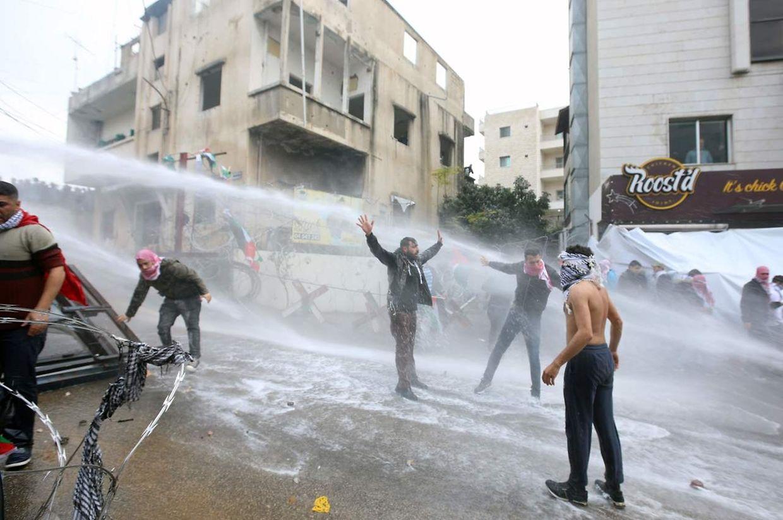 Nos últimos dias, registaram-se vários protestos em vários países árabes e muçulmanos