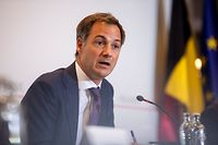 Prime Minister Alexander De Croo speaks during a press conference after a meeting of Belgian government on the operation Red Kite to evacuated people from Afghanistan, in Brussels, on August 26, 2021. - Belgium said on August 25 it was ending evacuations after its military planes airlifted around 1,100 people - including Europeans and Afghans - in recent days. (Photo by HATIM KAGHAT / BELGA / AFP) / Belgium OUT