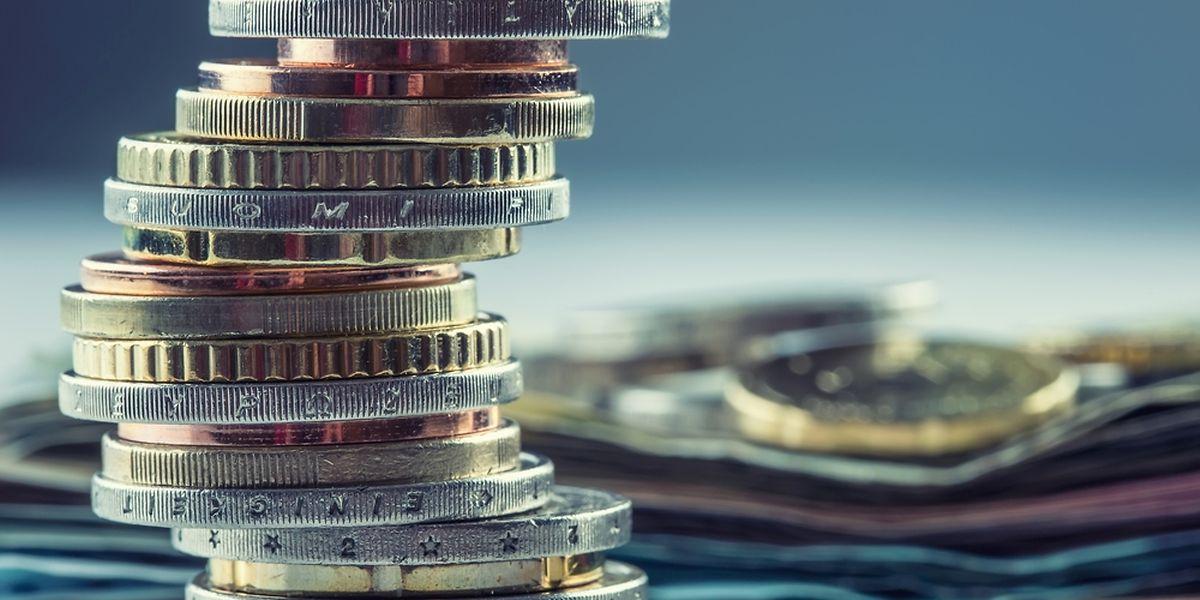 Wenn die Steuerklasse von 2 auf 1a wechselt, müssen Witwer mehr Steuern bezahlen.