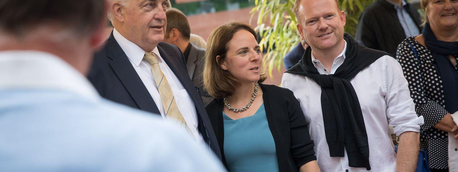 Wahlsieger Charles Goerens (l.) mit seiner Parteichefin Corinne Cahen und Generalsekretär Claude Lamberty.
