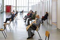 O quinto centro de vacinação covid-19 do país, no aeroporto do Findel, está operacional desde 12 de abril.
