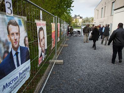 French residents of Luxembourg were numerous to vote at Lycee Vauban, this Sunday.