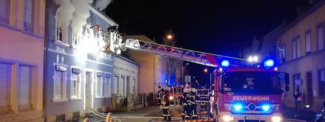 Der Einsatz in der Karthäuser Straße in Konz dauerte bis in die Morgenstunden.