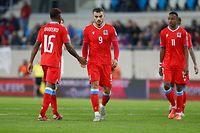 Danel Sinani (Luxemburg - 9) - Leandro Barreiro (Luxemburg - 16) / Fussball, Katar WM-Qualifikation Europa 2021-22, Gruppe A, 6. Spieltag / 09.10.2021 /Luxemburg- Serbien / Stade de Luxembourg / Foto: Yann Hellers