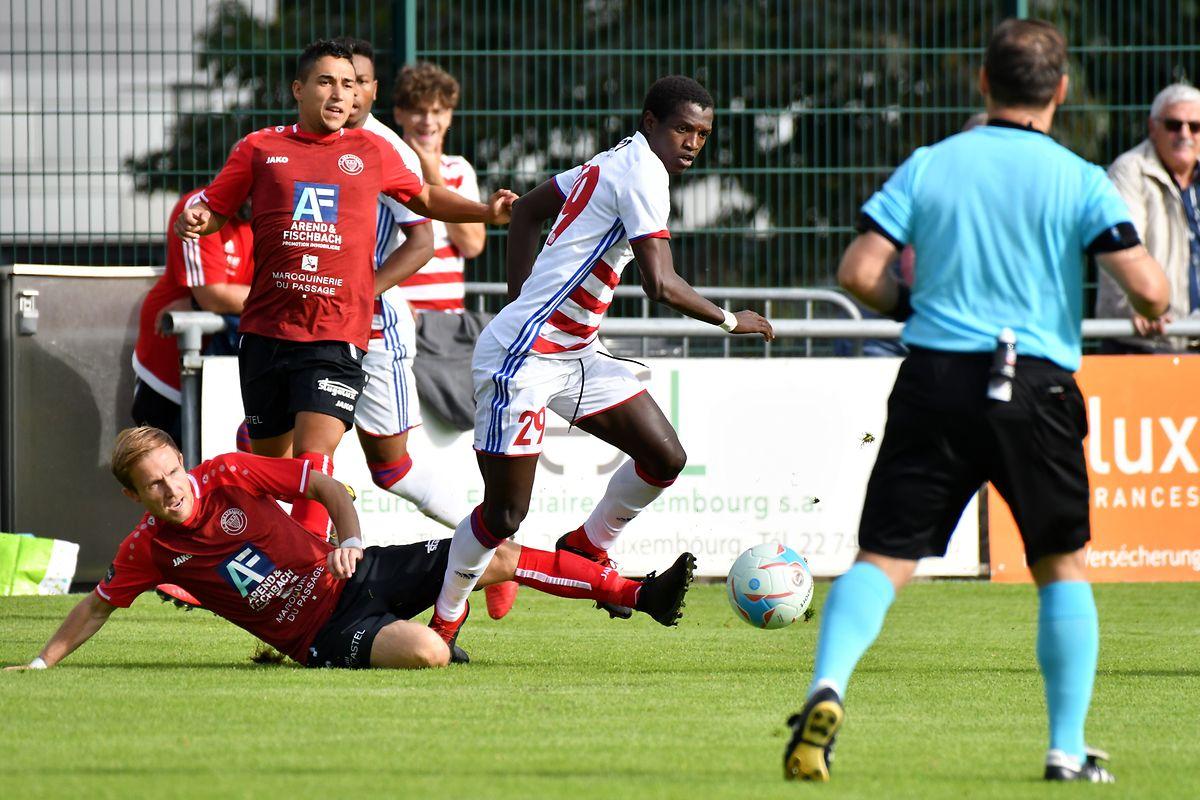 Le Sénégalais Moussa Seydi (maillot blanc) fera-t-il à nouveau trembler les filets dimanche à Mühlenbach?