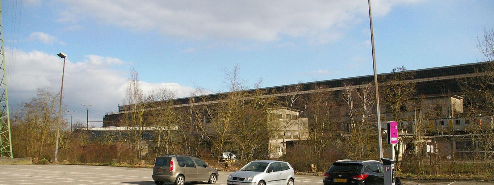 Die Escher, Schifflinger und Monnericher Rettungskräfte und Polizeieinheiten könnten eventuell auf dem Parkplatz vor dem Werksgelände neue Zentren erhalten.
