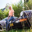 """Annik Paquay ist ein riesiger Porsche-Fan. Sie fährt mit ihrem """"Senna 94"""", einem 911er-Cabriolet aus dem Jahr 1992, gerne längere Strecken – in diesem Jahr unter anderem bis Sankt Petersburg."""