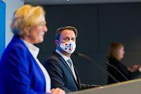 (de g. à dr.) Paulette Lenert, ministre de la Santé ; Xavier Bettel, Premier ministre, ministre d'État