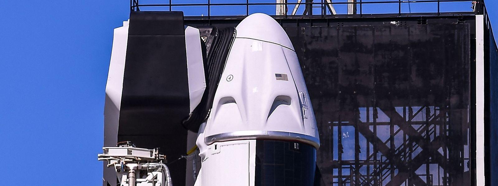 Tout un symbole, le premier vol sans astronaute professionnel a décollé du pas de tir de la fusée qui avait mené les premiers hommes sur la Lune.