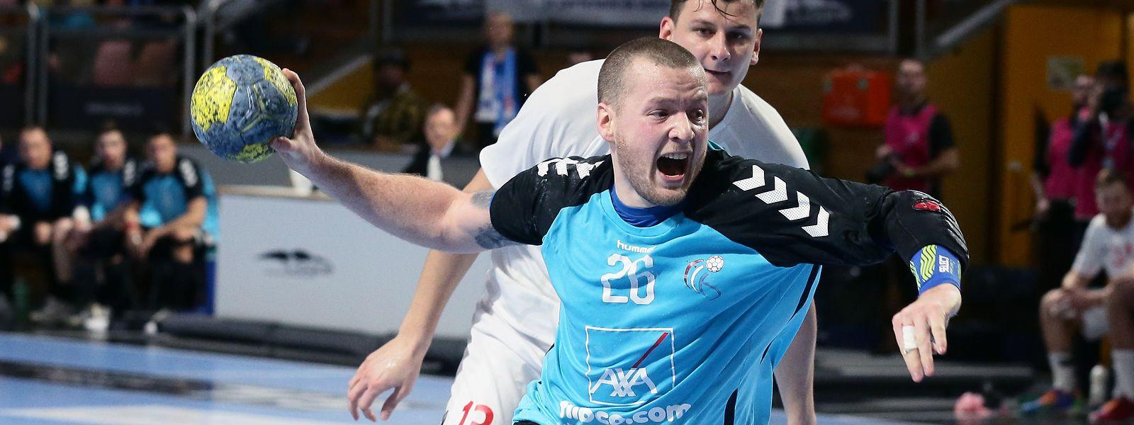 Luxemburg mit Joé Faber, hier im ersten Spiel gegen die Slowakei, verlor auch sein zweites Spiel in der WM-Qualifikation.
