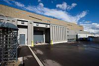 """2014 wurde am Flughafen das Hochsicherheitsgebäude für die zollfreie Lagerung hochwertiger Güter von der Schweizer Gesellschaft """"Natural Le Coultre"""" eröffnet. Seitdem ist es ein Minusgeschäft."""