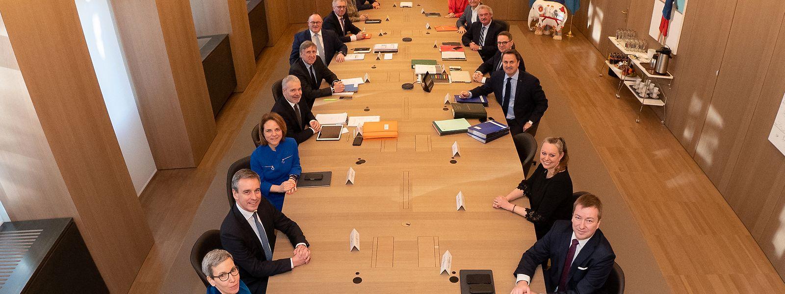 Malgré trois remaniements ministériels depuis 2018, le gouvernement Bettel-Bausch-Kersch recueille 69% d'avis favorables à deux ans des prochaines élections législatives.