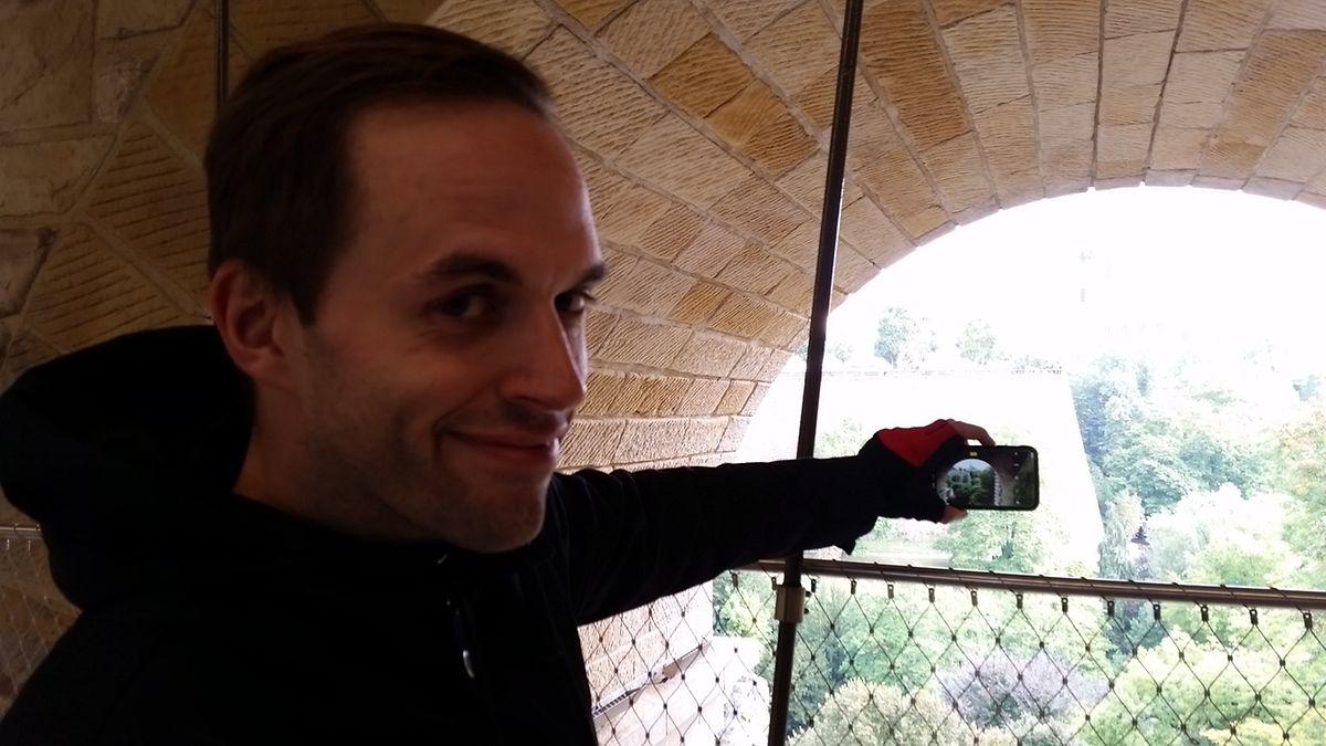 Charles: «C'est vraiment magnifique. On a l'impression d'être un peu dans le Musée d'Histoire de la Ville de Luxembourg avec ces pierres apparentes.»
