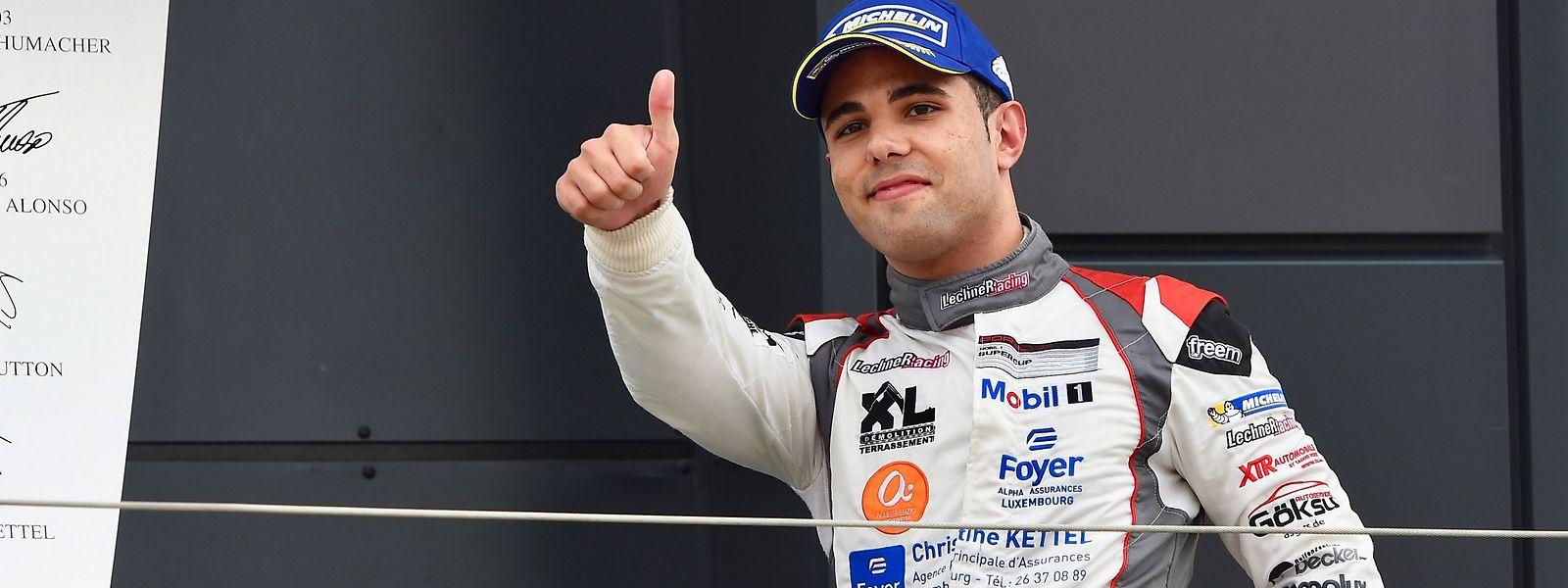 Dylan Pereira quer realizar o sonho de se tornar piloto profissional de uma marca reconhecida.