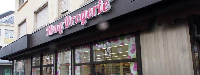Die polnische Gesellschaft Kerdos Group S.A., welche über eine Tochtergesellschaft Anteile an Meng Drogerie+ hat, musste am vergangenen Freitag wegen Zahlungsunfähigkeit ein Insolvenzverfahren einleiten.