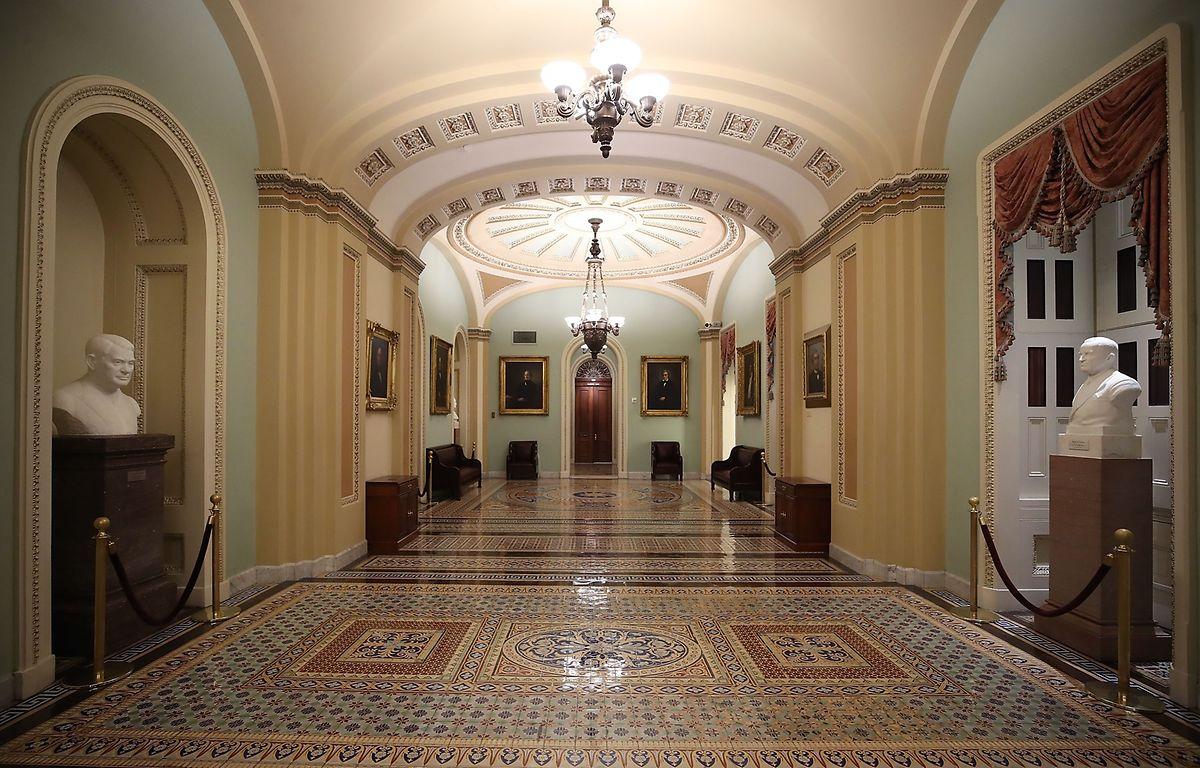 """Aufgrund des """"Shutdowns"""" herrscht im Kapitol, dem Sitz der Legislative der Vereinigten Staaten, gähnende Leere ."""