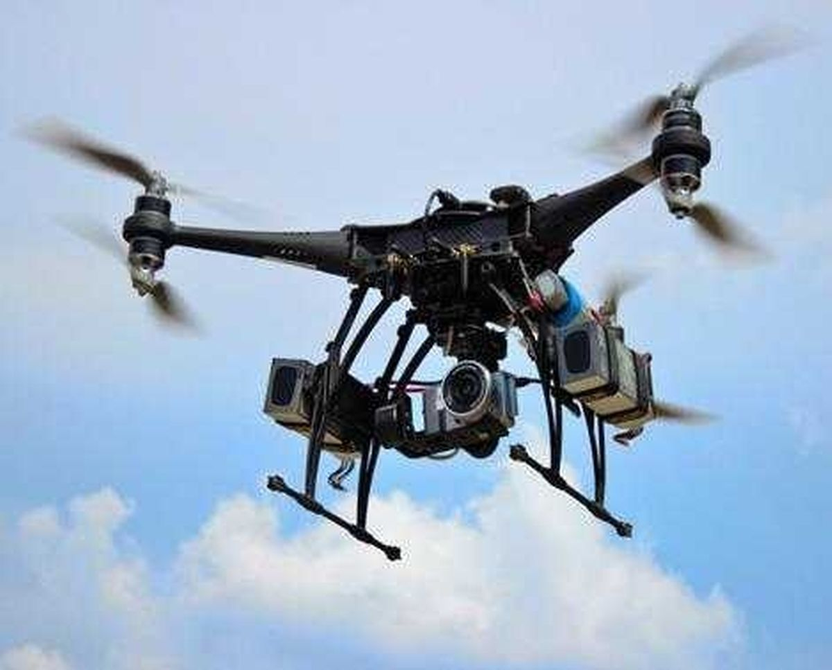 Über ihre Firma Execujet bietet die Luxaviation Group heute bereits Drohnenflüge in Südafrika an - beispielsweise, um Pipelines zu überwachen oder für Einsätze in der Landwirtschaft.