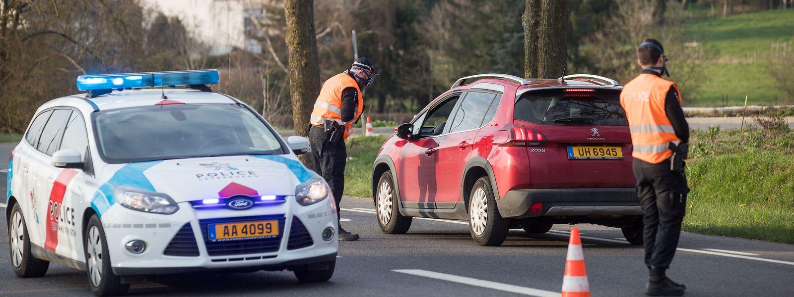 La police contrôle les automobilistes, comme ici à Hesperange.