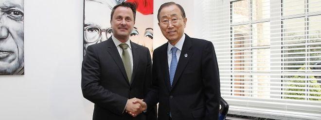 O secretário geral da ONU, Ban Ki-moon, com Xavier Bettel