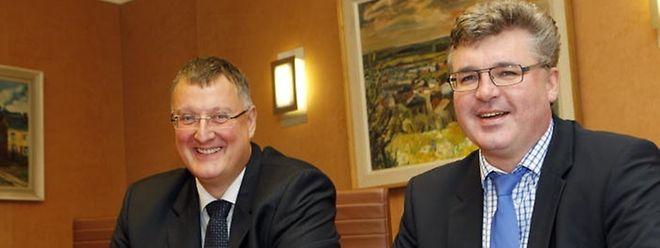 Die Bürgermeister Marco Boly aus der Gemeinde Simmern (l.) und Serge Hoffmann aus der Gemeinde Hobscheid wollen dass die Bürger am 25. Mai 2014 über die geplante Fusion abstimmen.