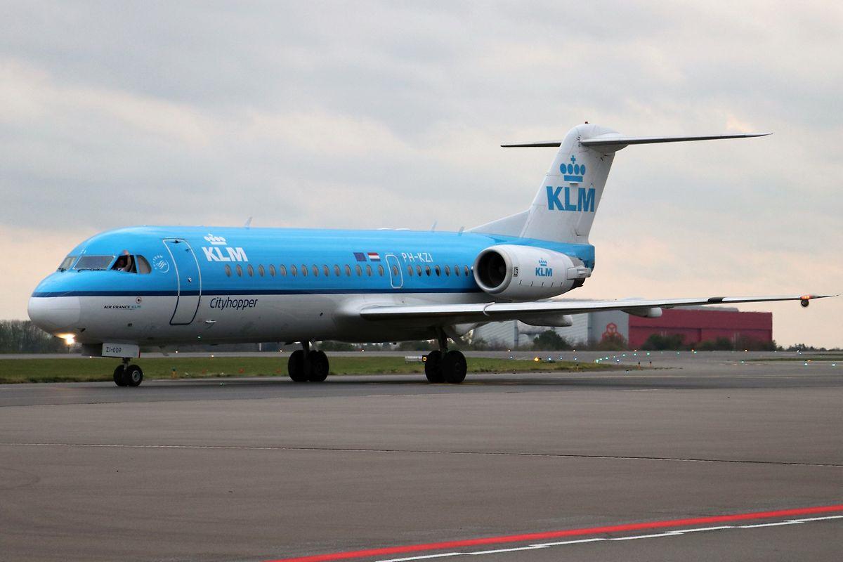 """Auf zum letzten """"Take off"""". KLM stellt den Betrieb der Fokker 70 ein."""
