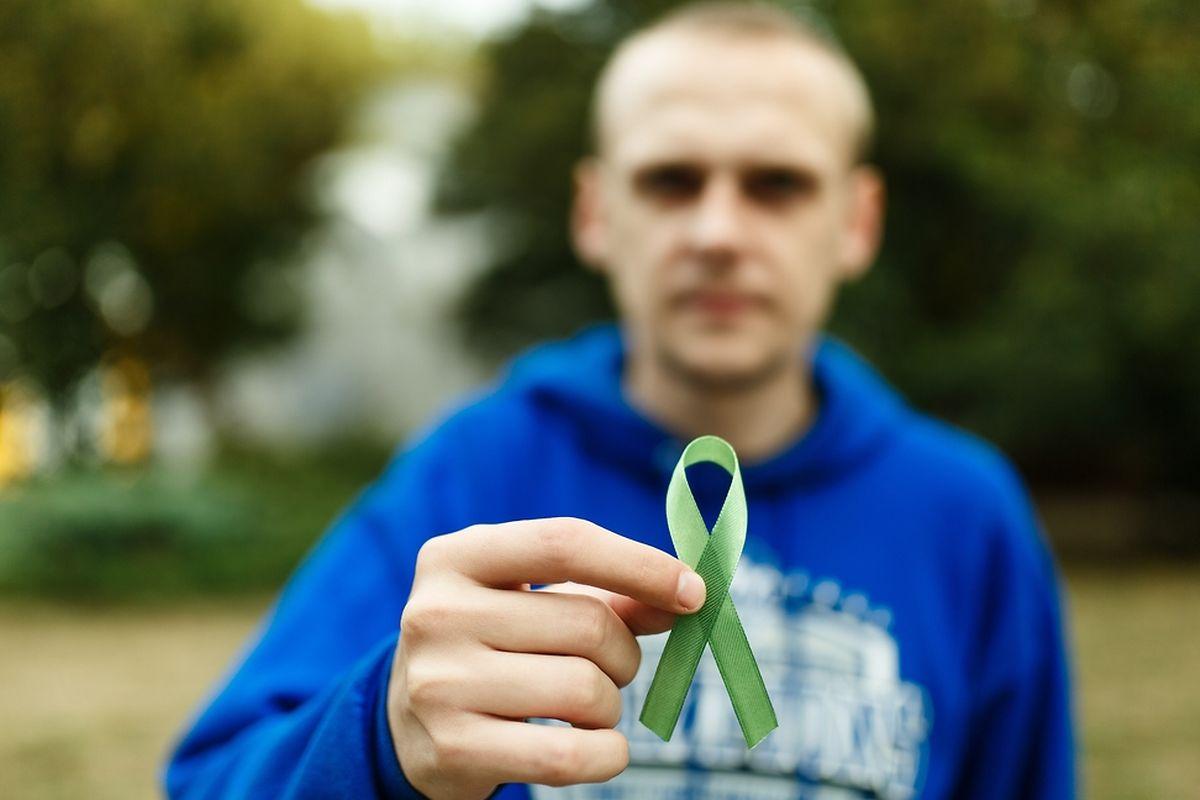 Le ruban vert: symbole de la lutte contre la maladie de Lyme à travers le monde