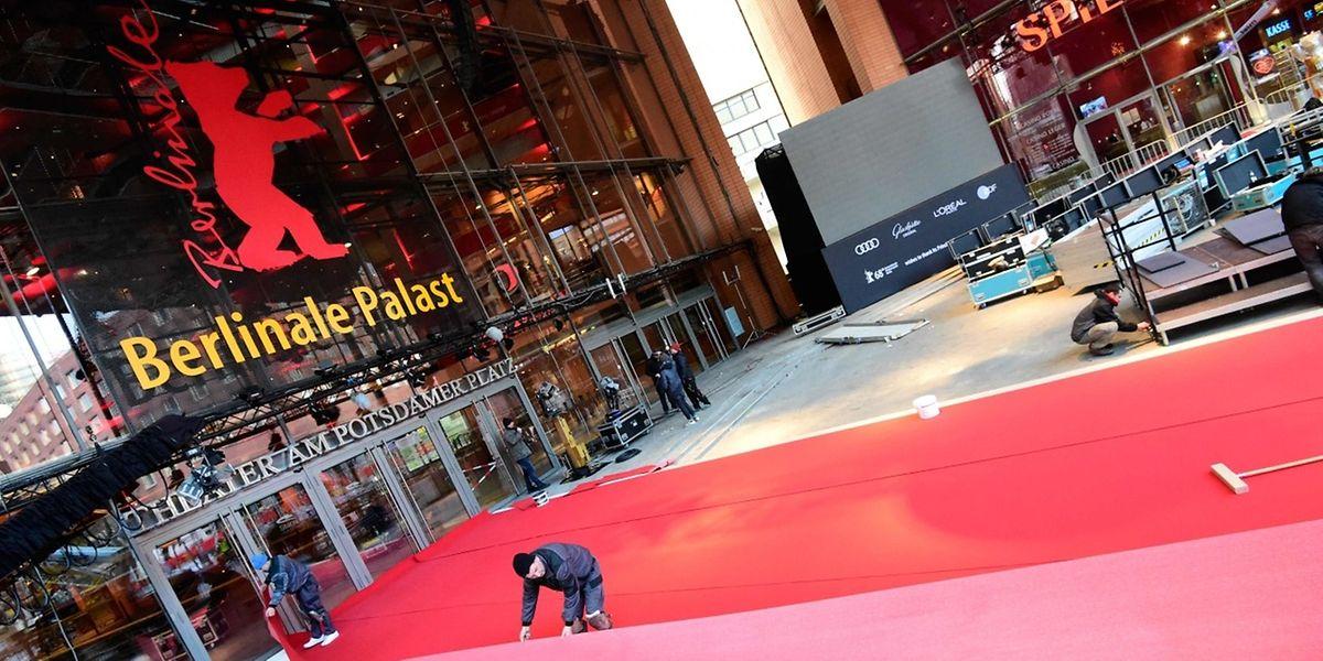 Seit dem 13. Februar wir der rote Teppich ausgelegt.