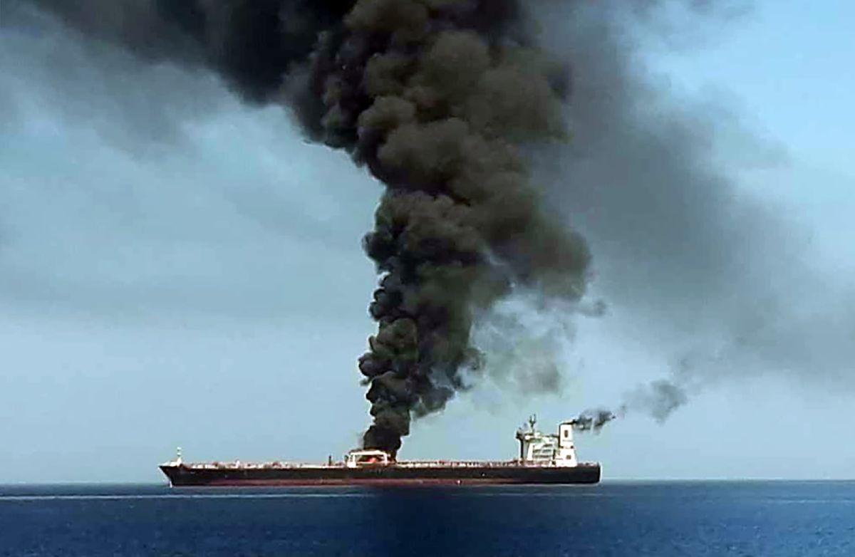 Die Front Altair geriet nach dem Zwischenfall in Brand.