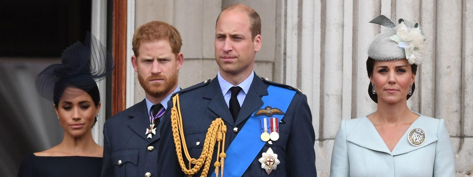 Auch in der Beziehung zwischen den beiden Paaren Meghan und Harry sowie William und Kate (v.l.n.r.) soll es kriseln – das deutete Harry auch in einem TV-Interview an.