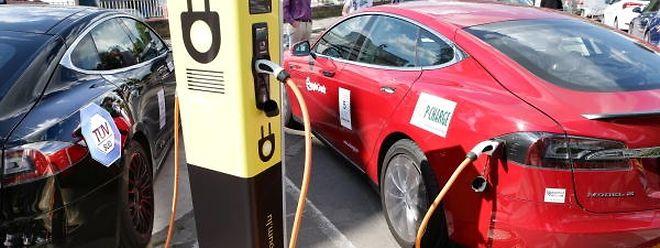 Trotz hoher Wachstumsraten von zuletzt knapp 32 Prozent kommen vollelektrische Fahrzeuge und Hybridautos in Luxemburg noch auf keinen grünen Zweig.