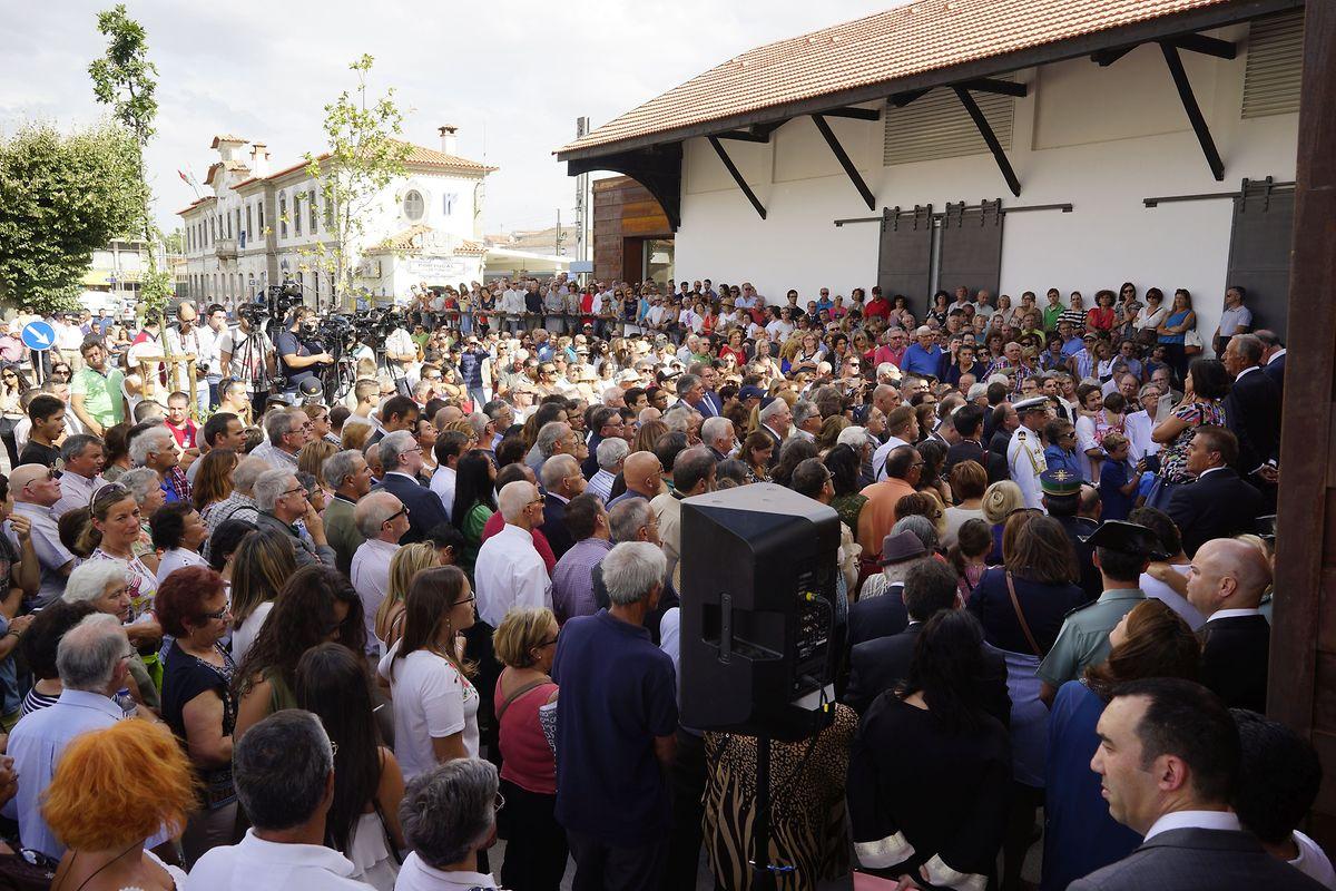 No dia da inauguração do espaço museológico, uma multidão reuniu-se para acompanhar tudo.